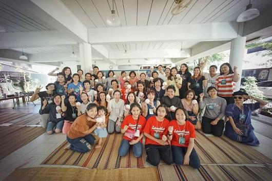 """บริษัท ซาบีน่า จำกัด (มหาชน) ร่วมกับเพจ โครงการทำวิกผมเพื่อผู้ป่วยมะเร็ง จัดกิจกรรม""""สร้างความสุขให้ผู้รับได้ปลดทุกข์ทางใจ"""" (01.07.18)"""